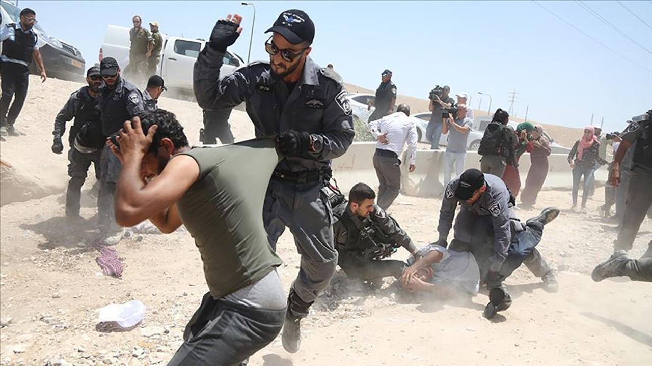 Filistinlileri darpedip sosyal medyadan paylaştı