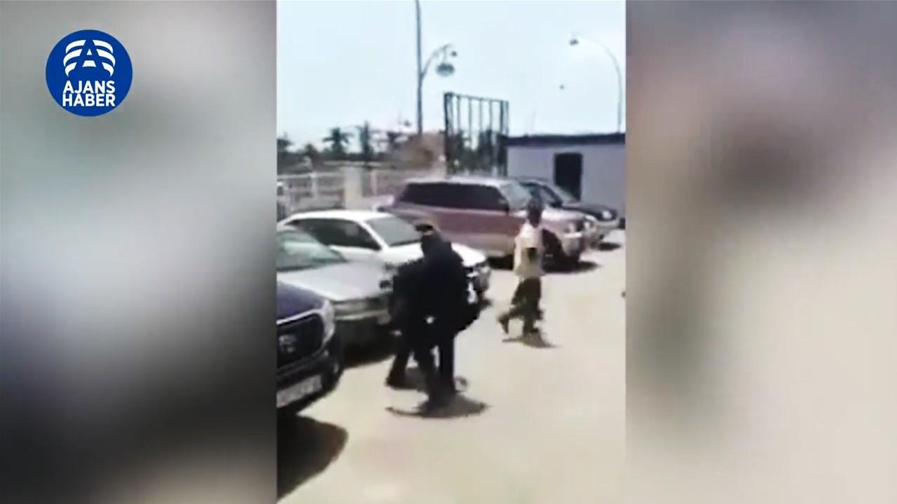 Çalışma Bakanı'nı tekme tokat dövdü