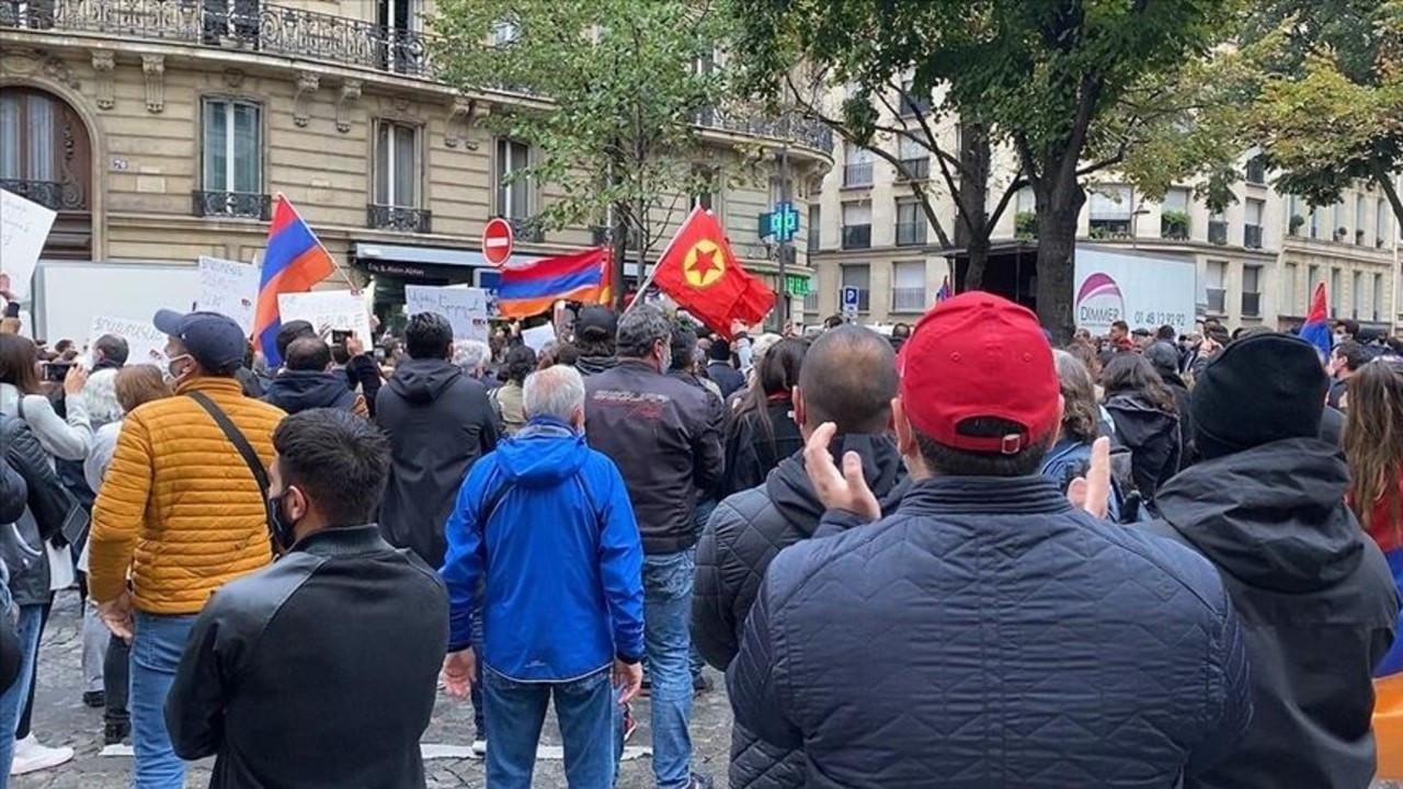 Ermeniler Paris sokaklarında gösteri düzenledi
