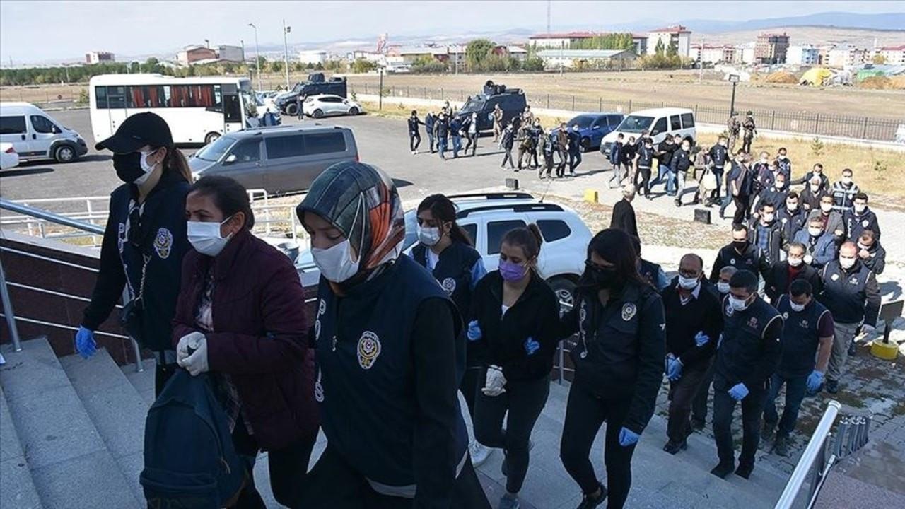 HDP'li yöneticilerinde bulunduğu 21 kişi adliyede