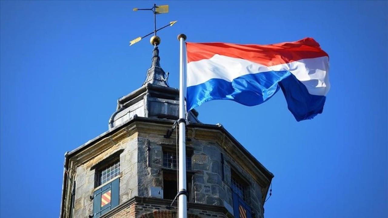 Hollanda'da kadınlar da askerliğe çağırılacak