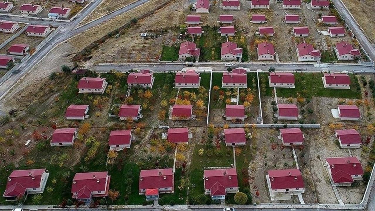 Depremin yıktığı mahalleler yeniden kuruldu