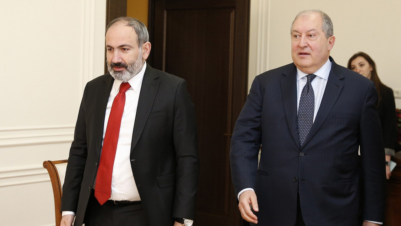 Ermenistan'da büyük kriz!