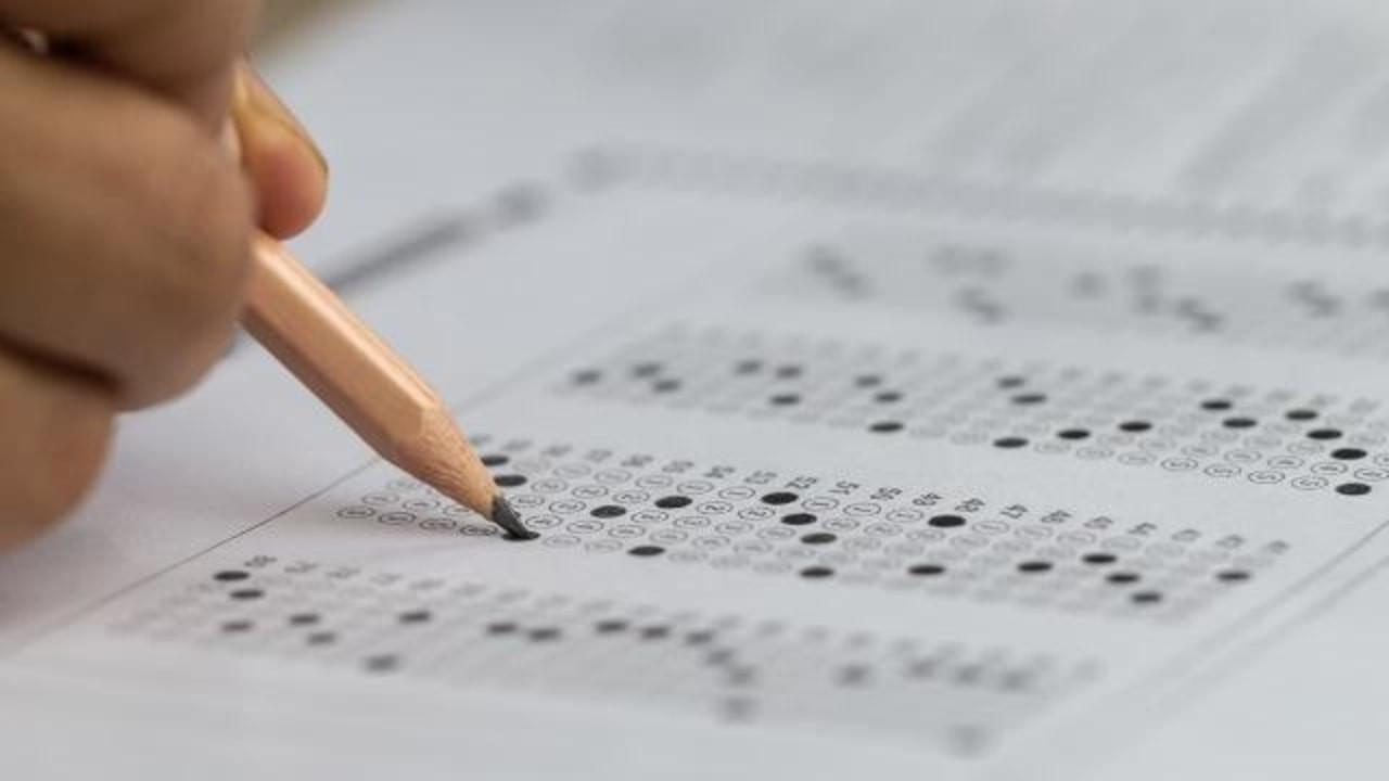 Bursluluk ve Adaylık Kaldırma Sınavı ertelendi