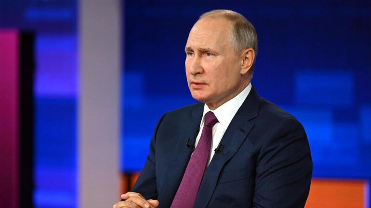 Putin'e koronavirüs karantinası