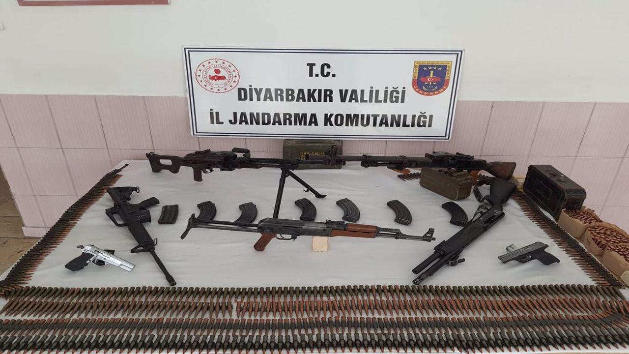 Diyarbakır'da silah ile mühimmat ele geçirildi