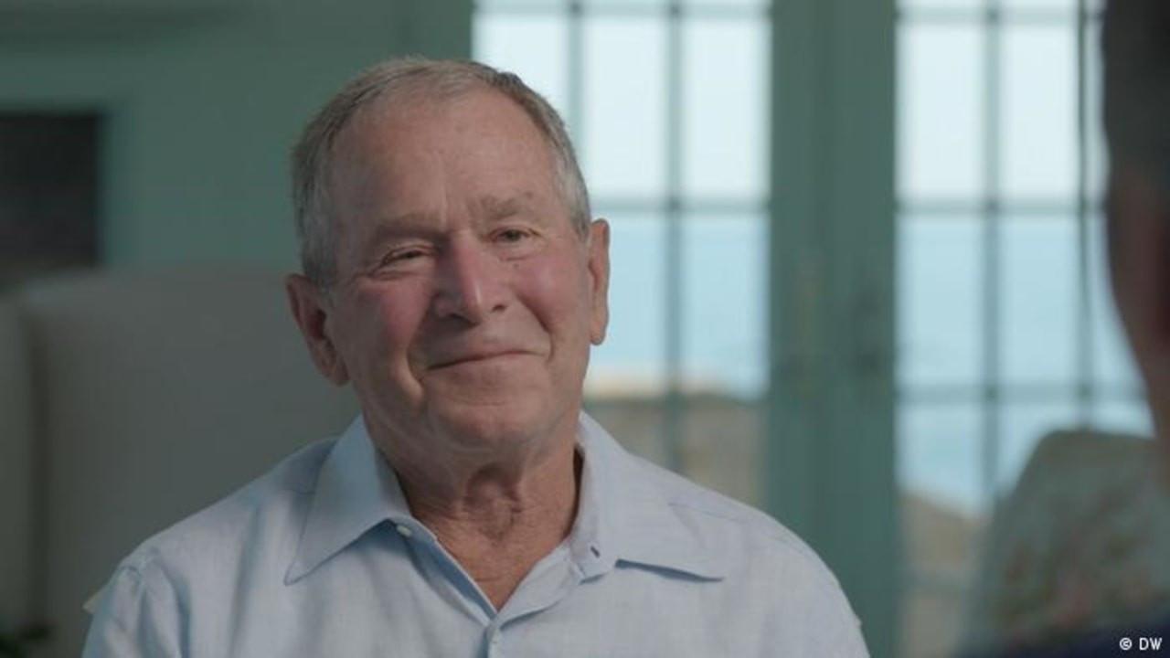 Bush: Afganistan'dan çekilmek hata