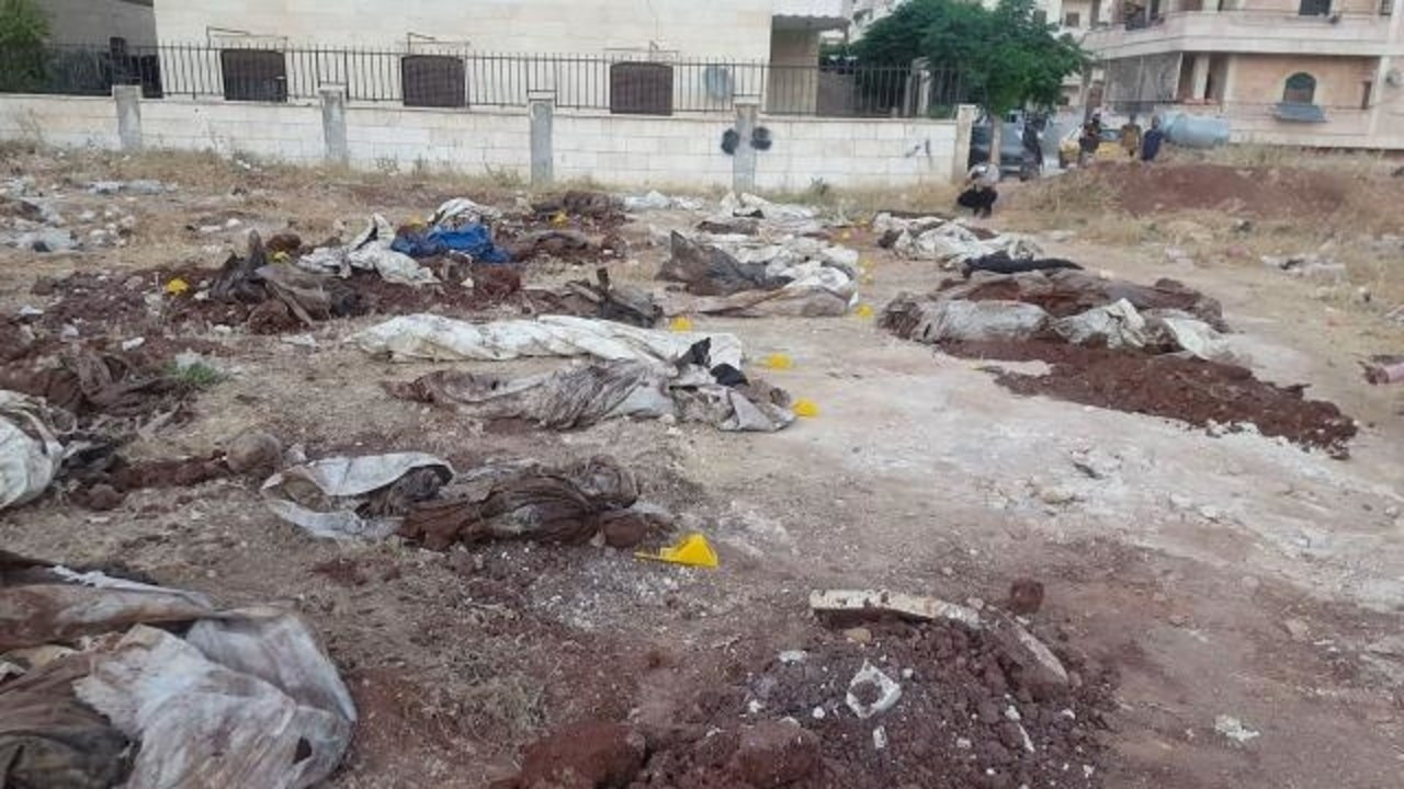 35 sivilin cansız bedeni bulundu