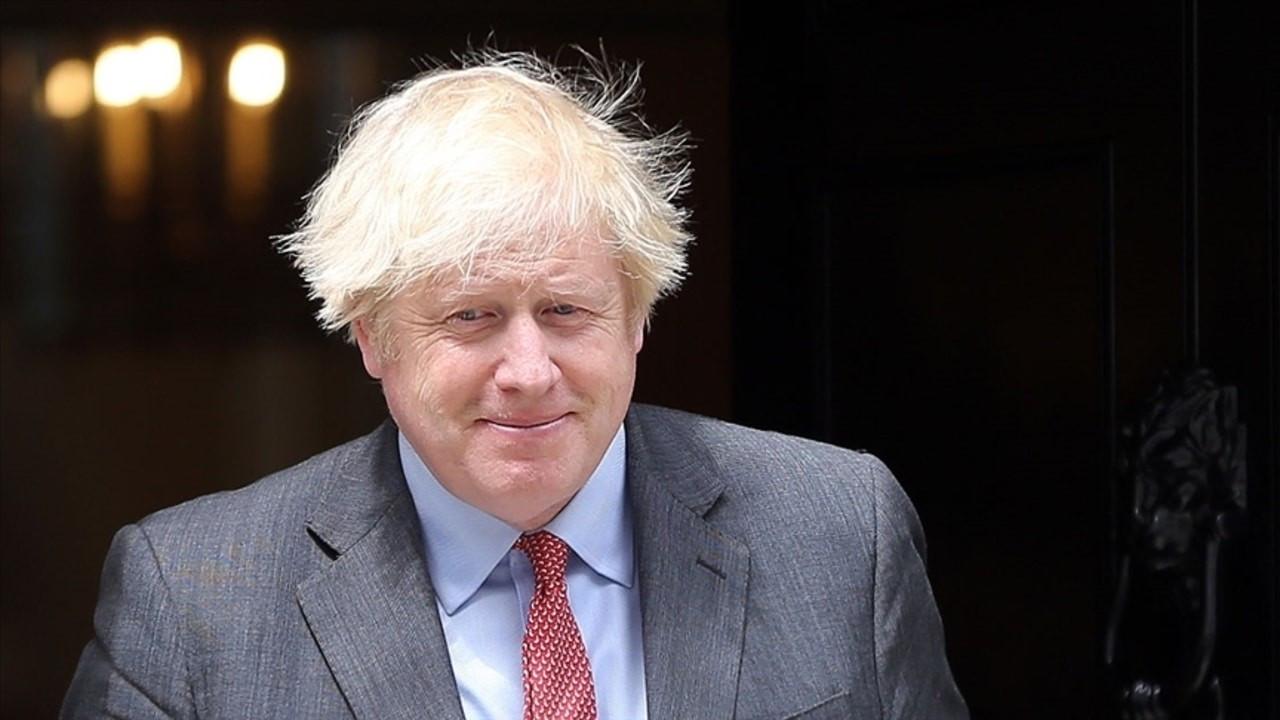 İngiltere Başbakanından ırkçılık açıklaması