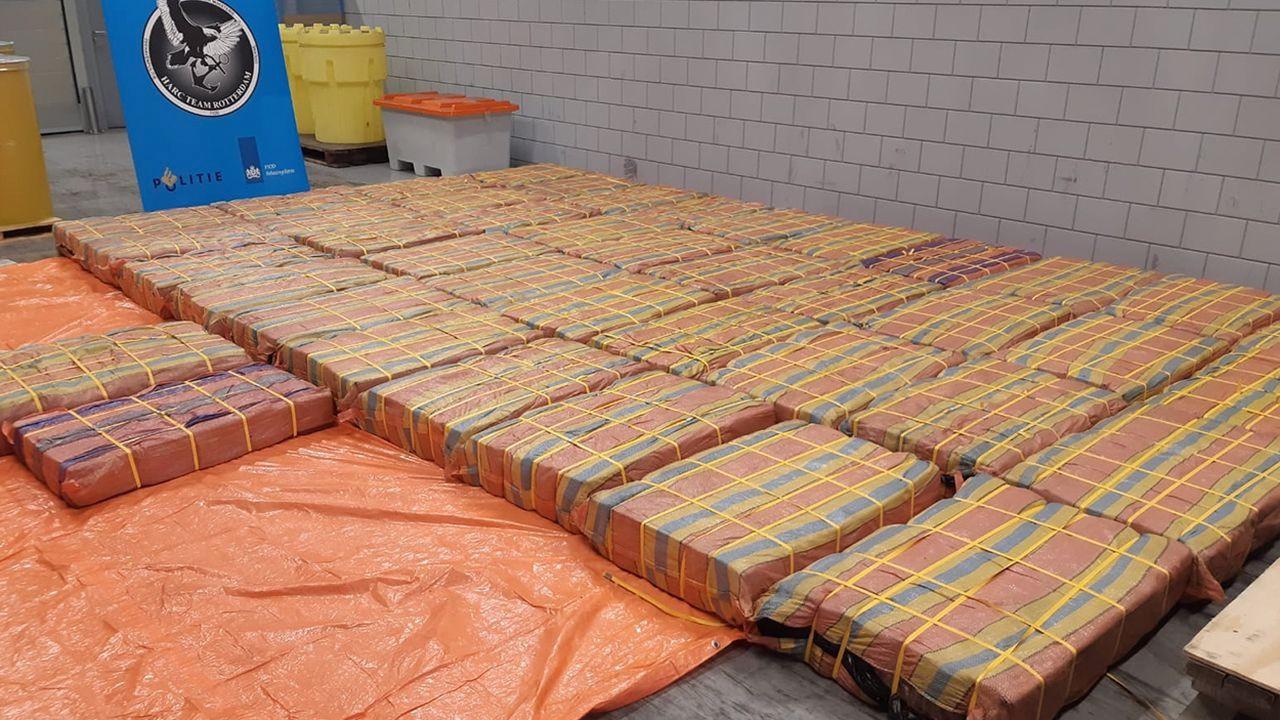Hollanda'da 3 ton kokain ele geçirildii