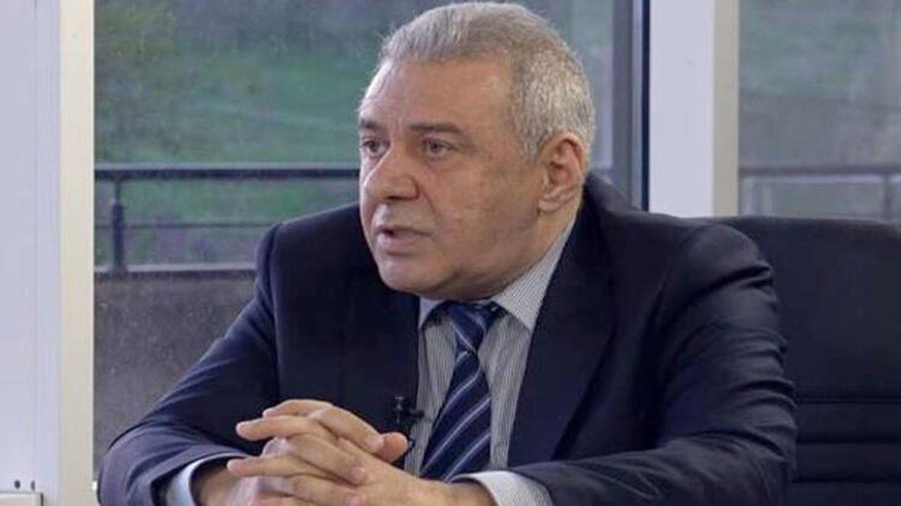 Ermenistan'da Savunma Bakanı istifa etti!