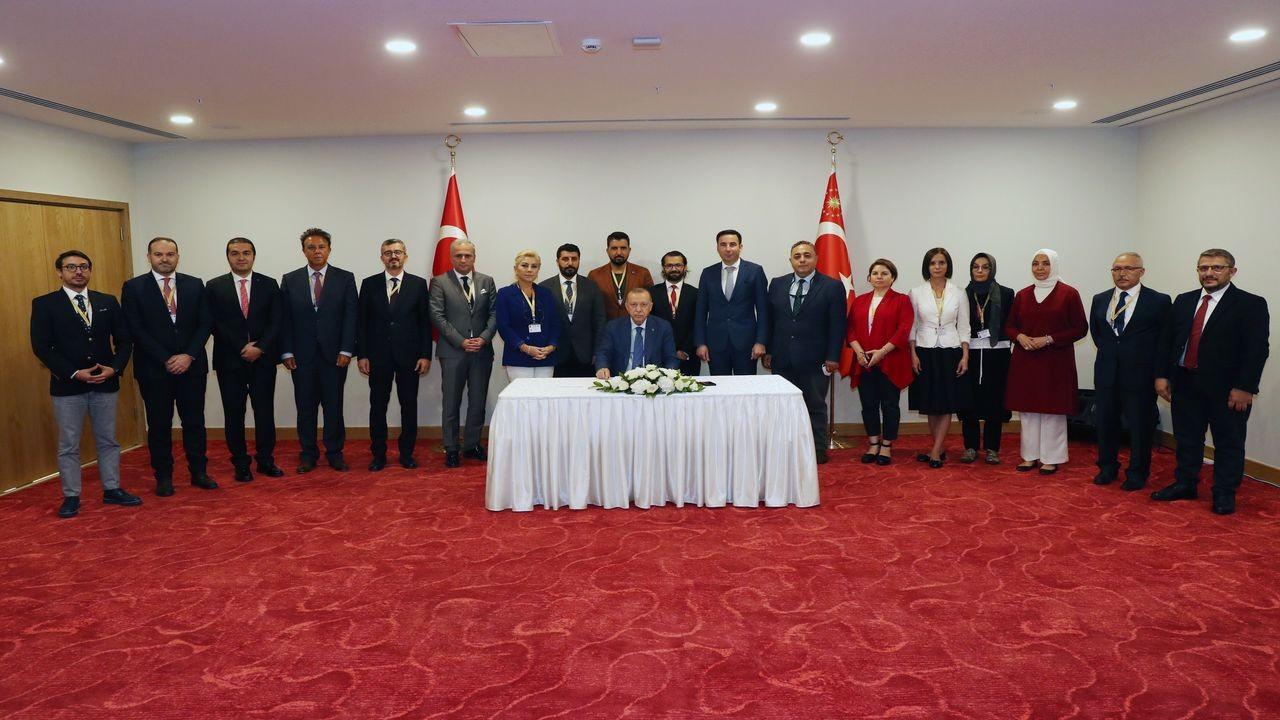 Cumhurbaşkanı Erdoğan, KKTC dönüşü uçakta gazetecilerin sorularını yanıtladı