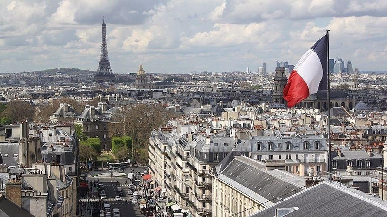 Fransa'da Parlamento, terörle mücadele ve istihbarat yasa tasarısını kabul etti