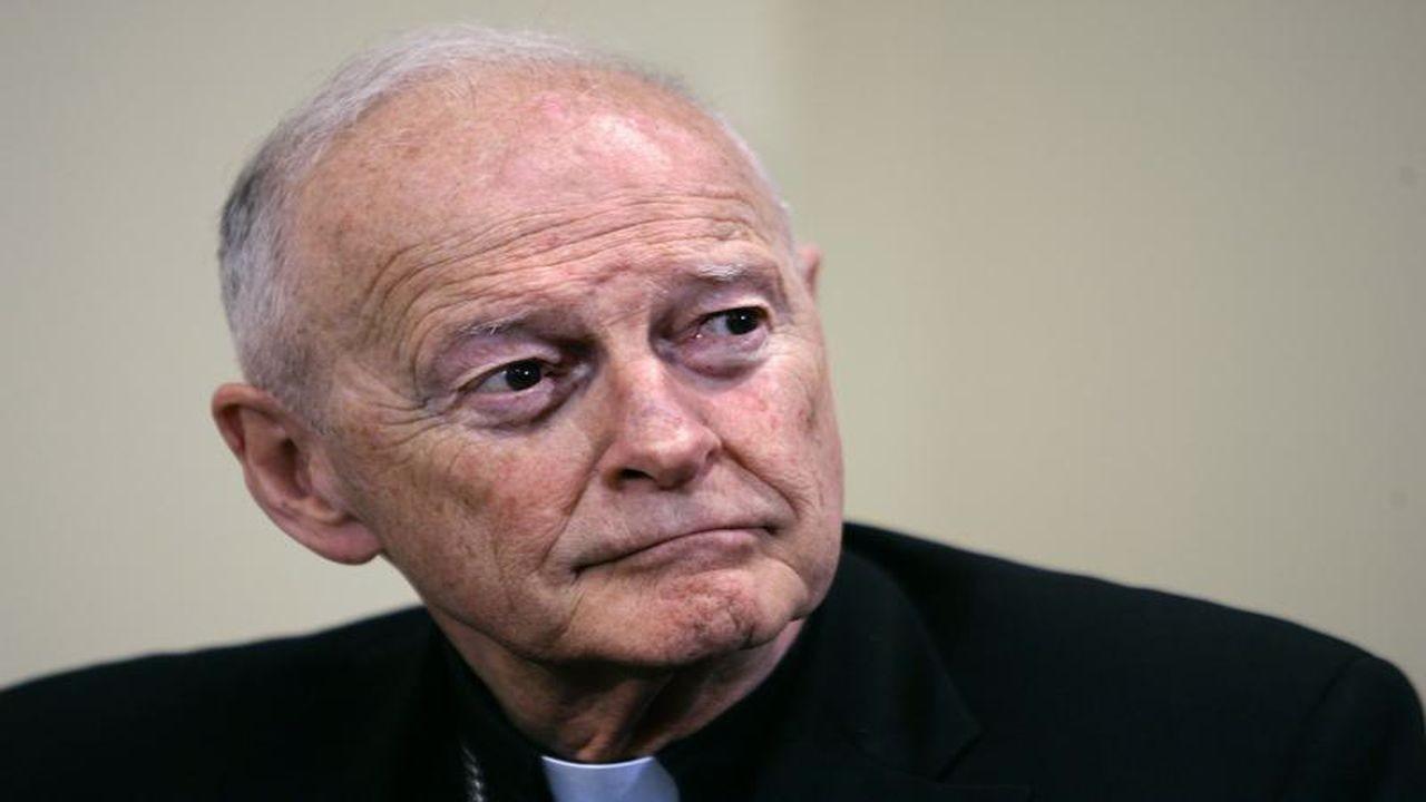 """Eski Kardinal hakkında """"cinsel istismar"""" suçlaması"""