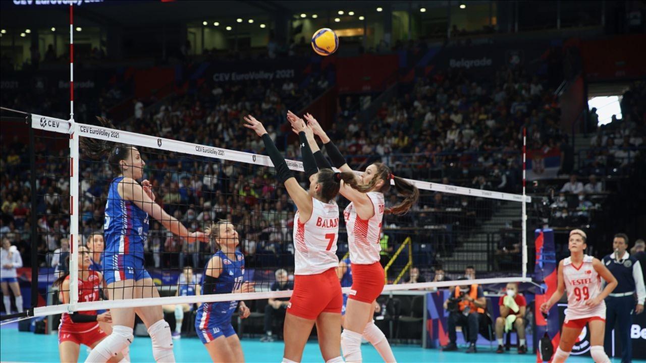 Filenin Sultanları yarı finalde Sırbistan'a mağlup