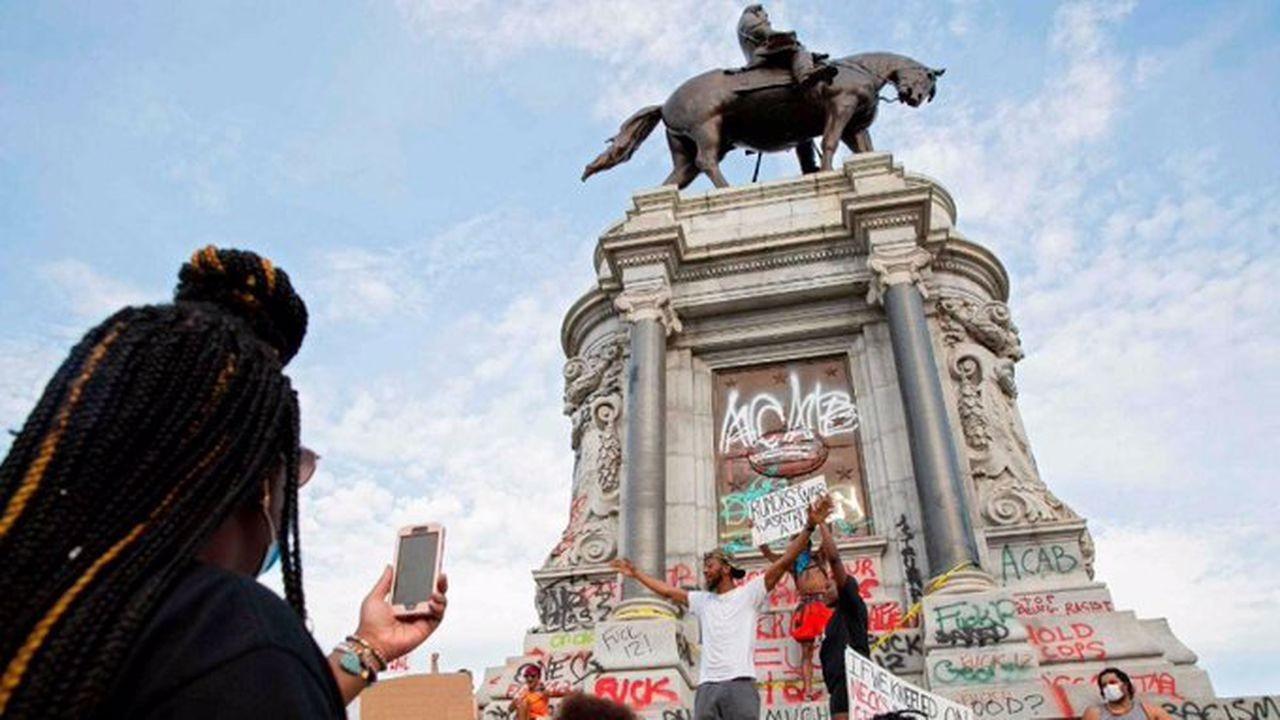 Kölelik yanlısı General Lee heykeli yıkılıyor