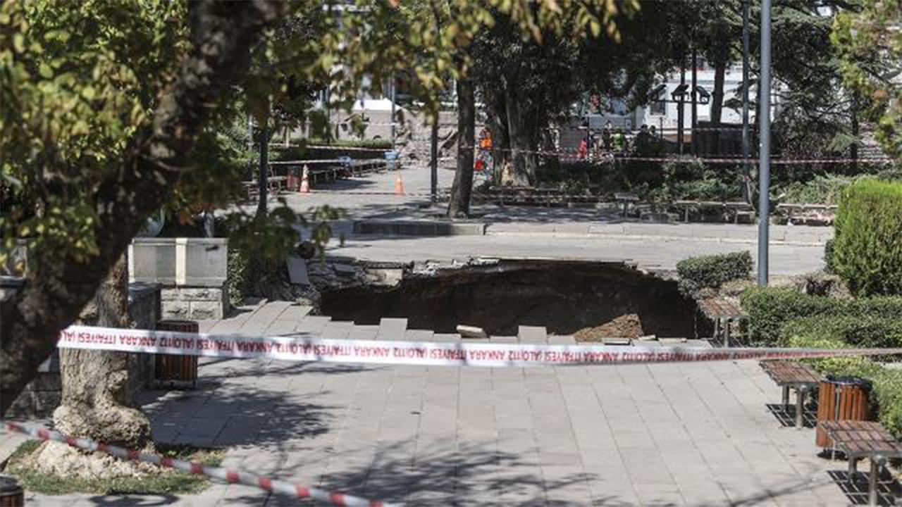 Ankara'da metro inşaatında göçük oluştu