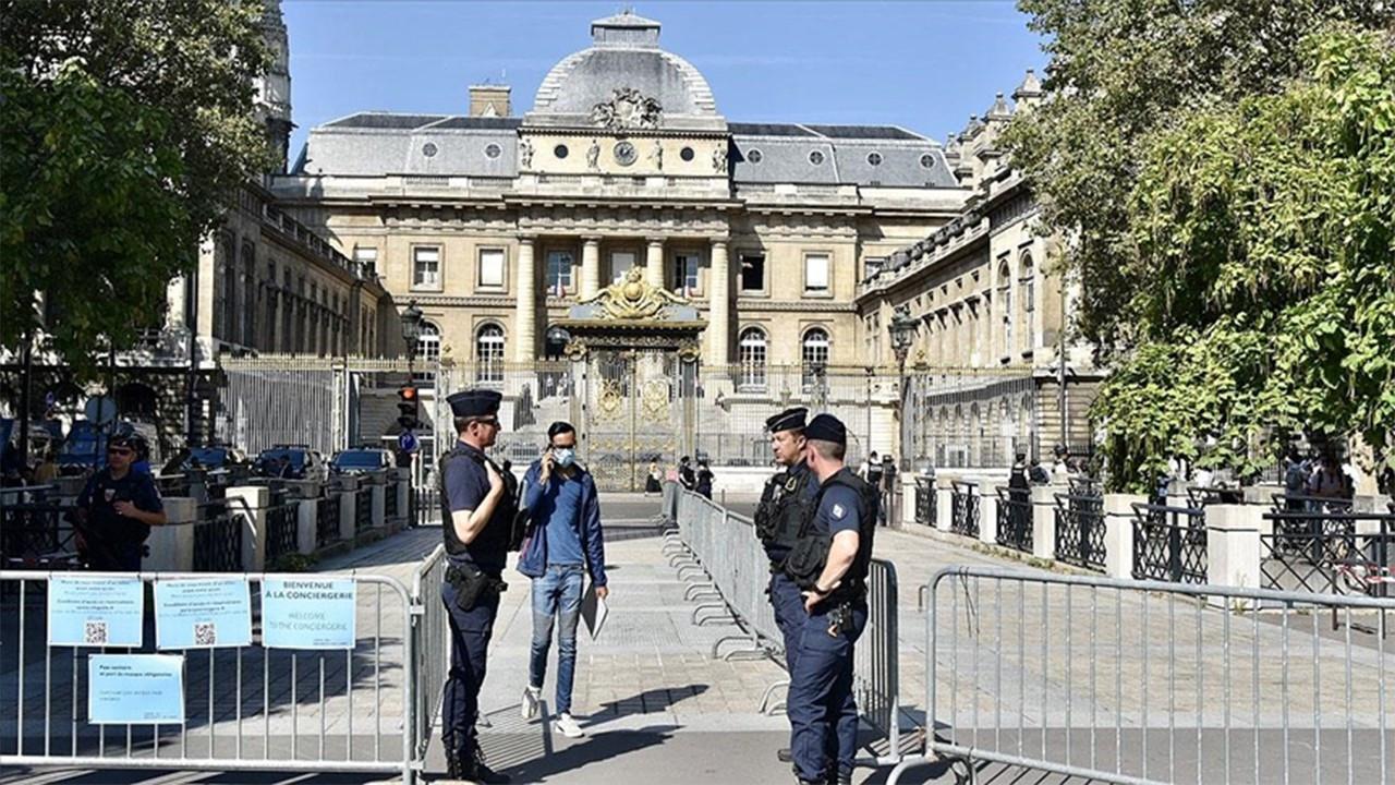 Fransa'da terör saldırılarına ilişkin dava başladı