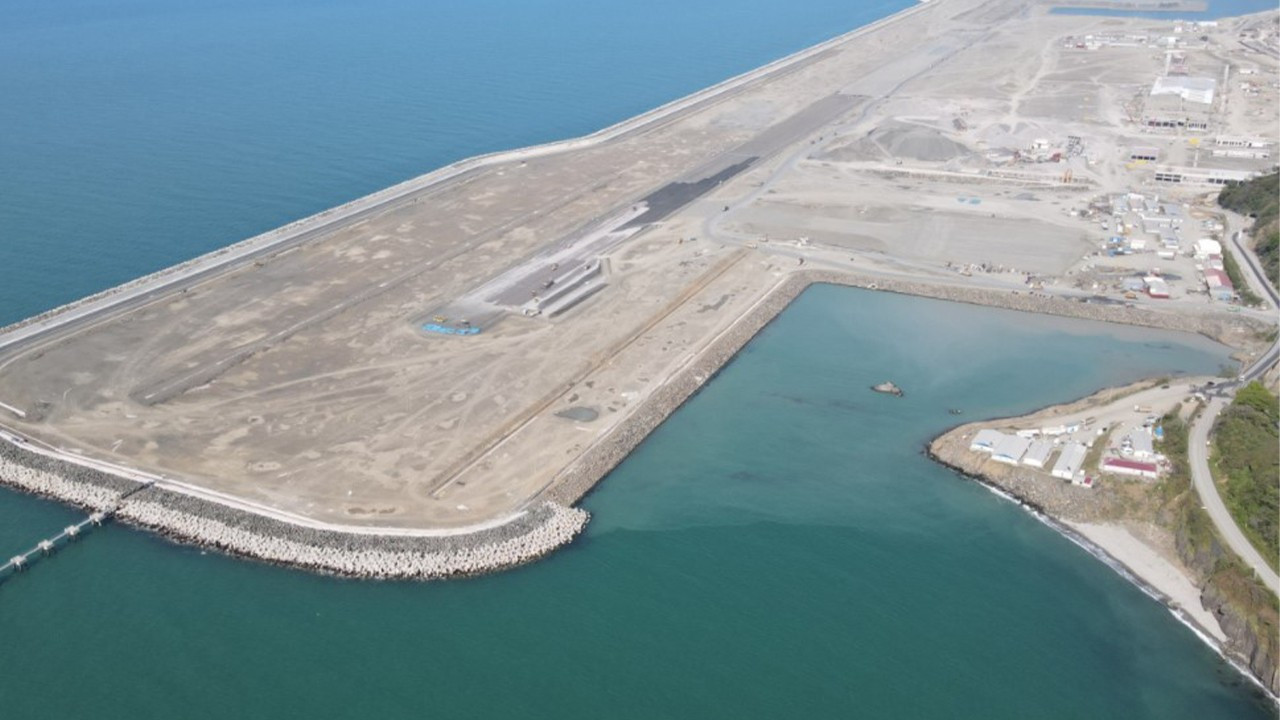 Rize-Artvin Havalimanı'nın yüzde 97'si tamamlandı