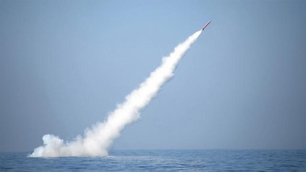 Kuzey Kore uzun menzilli seyir füzesini test etti