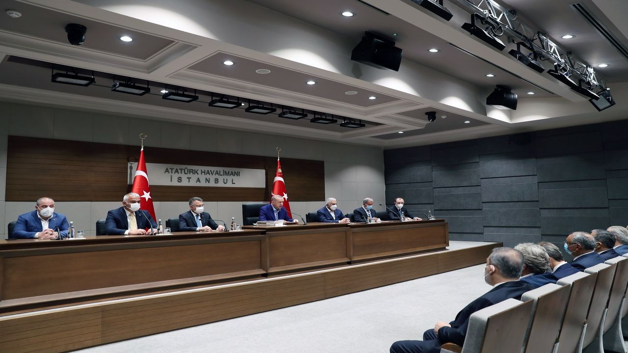 Cumhurbaşkanı Erdoğan basın toplantısı düzenledi