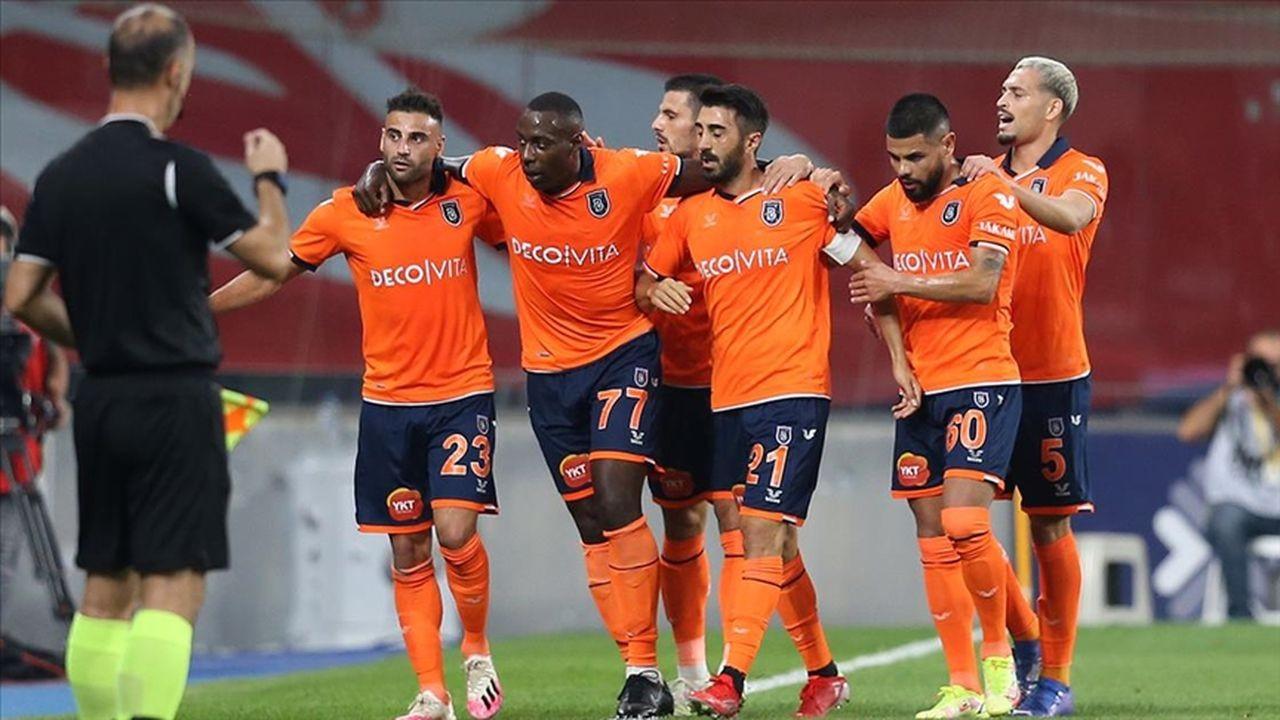 Fenerbahçe Başakşehir'de takıldı