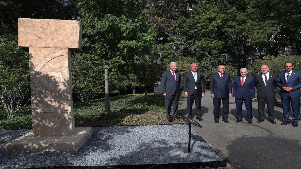 Erdoğan, Göbeklitepe replikasını ziyaret etti