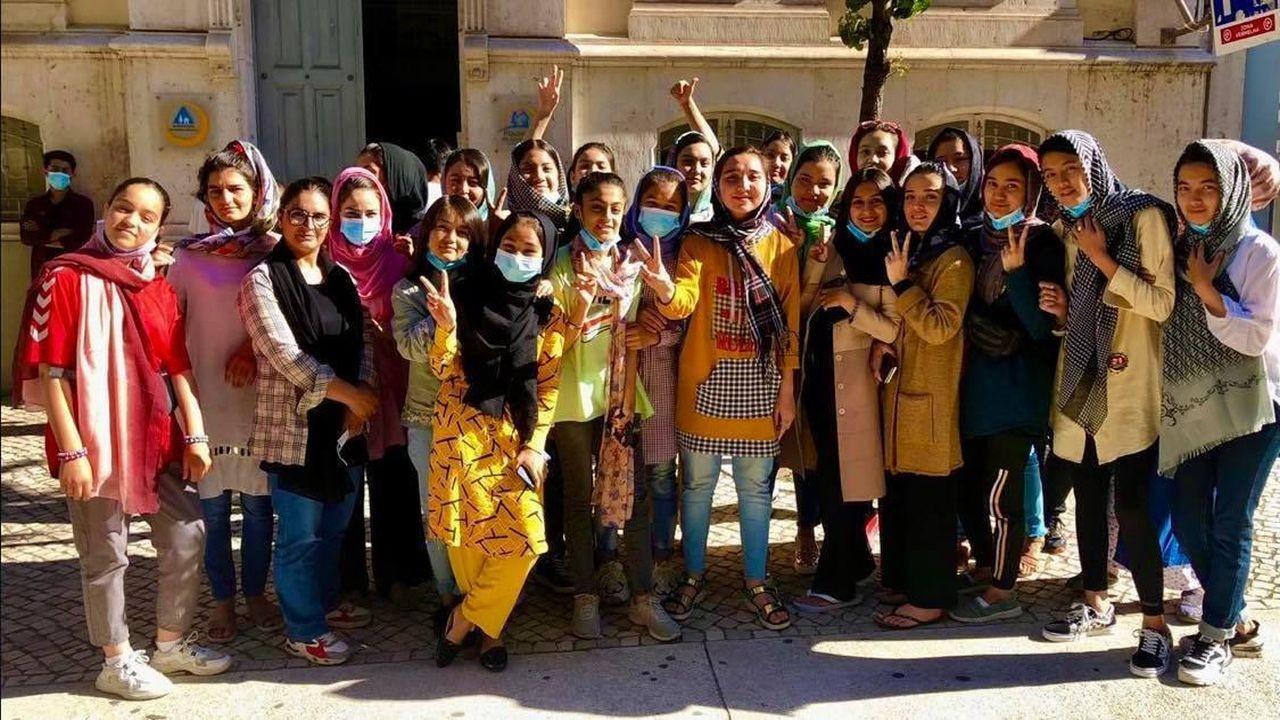 Afganistan kız futbol takımına sığınma hakkı geldi