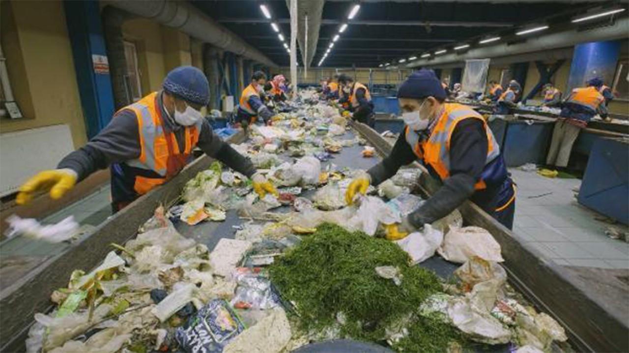 Her yıl 931 milyon ton gıda israf ediliyor