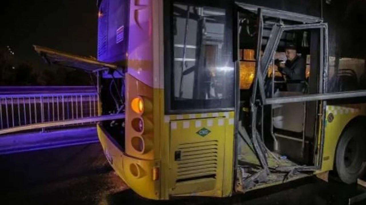 Avcılar'da kaza: Bariyer, İETT otobüsüne saplandı