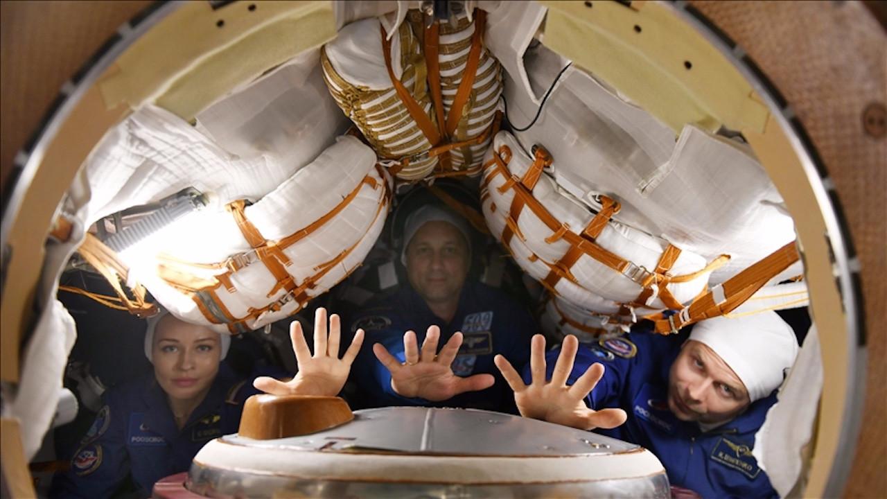 Uzaya film çekmeye gittiler