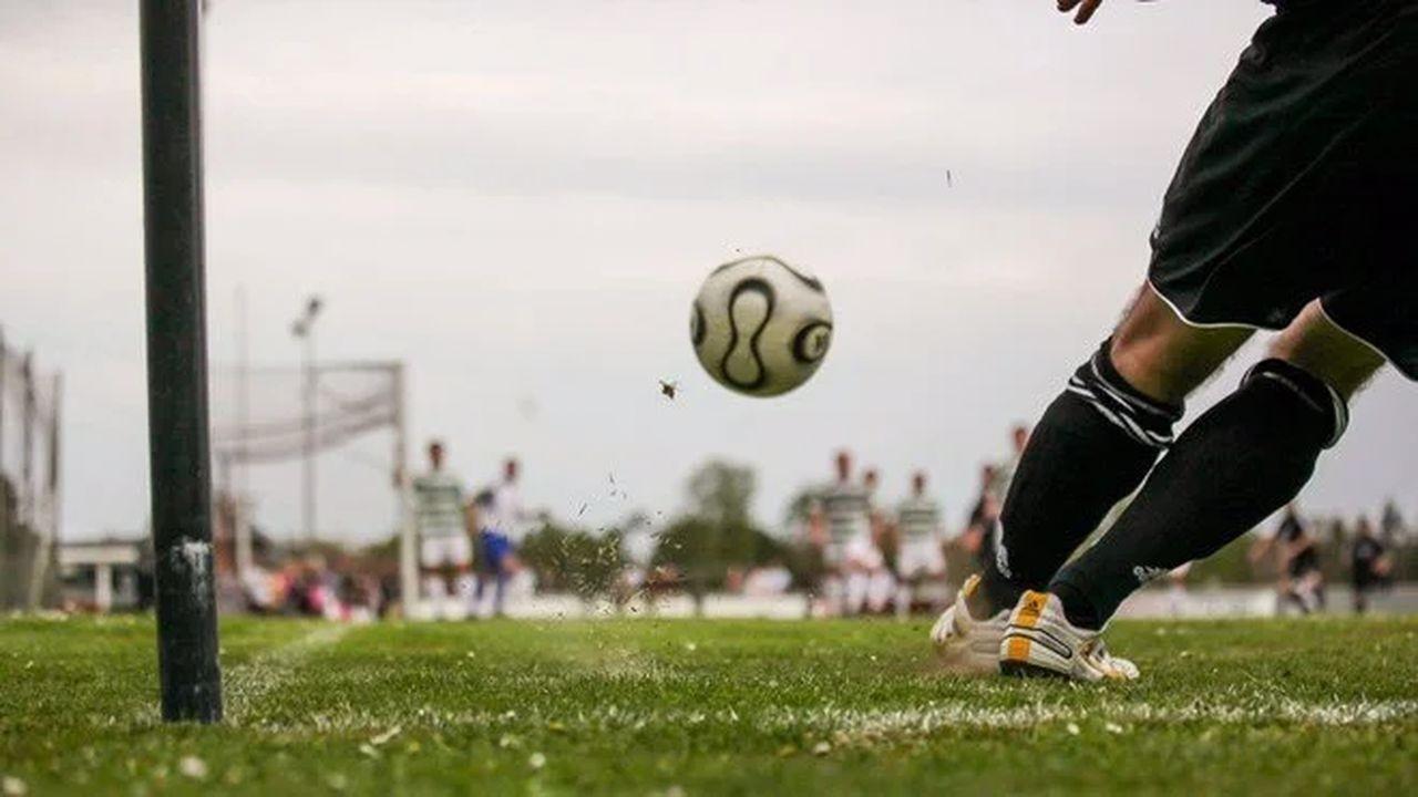 Futbol maçının ortasında kartel çatışması