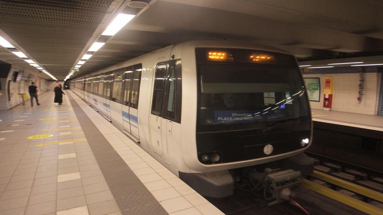 Cezayir'deki metro, Fransız ortak olmadan başladı