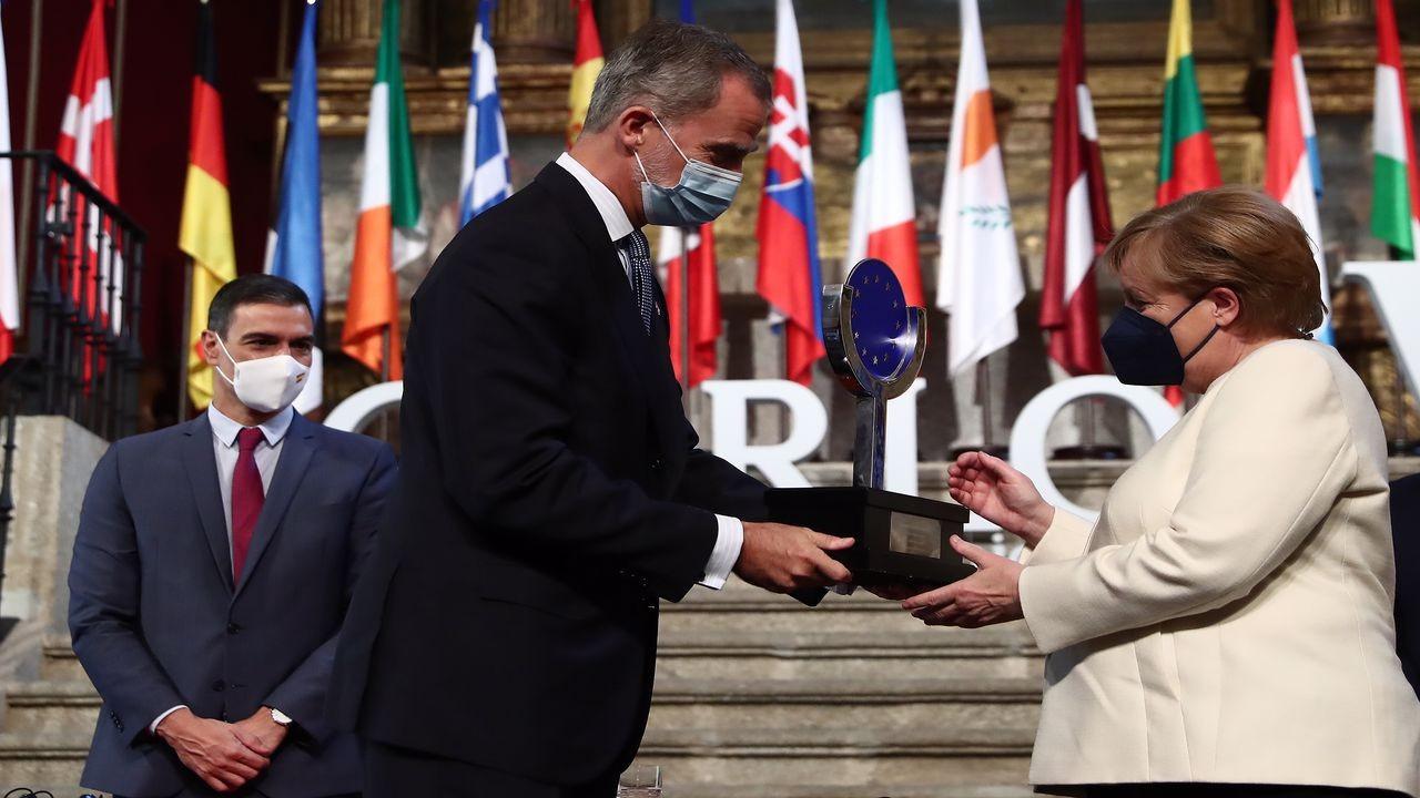 İspanya'dan Angela Merkel'e Avrupa ödülü