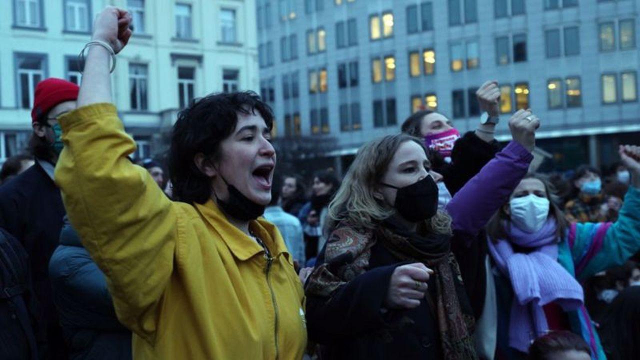 Belçika'da çok sayıda kadın farklı kafelerde içkisine uyuşturucu konularak cinsel istismara uğradı