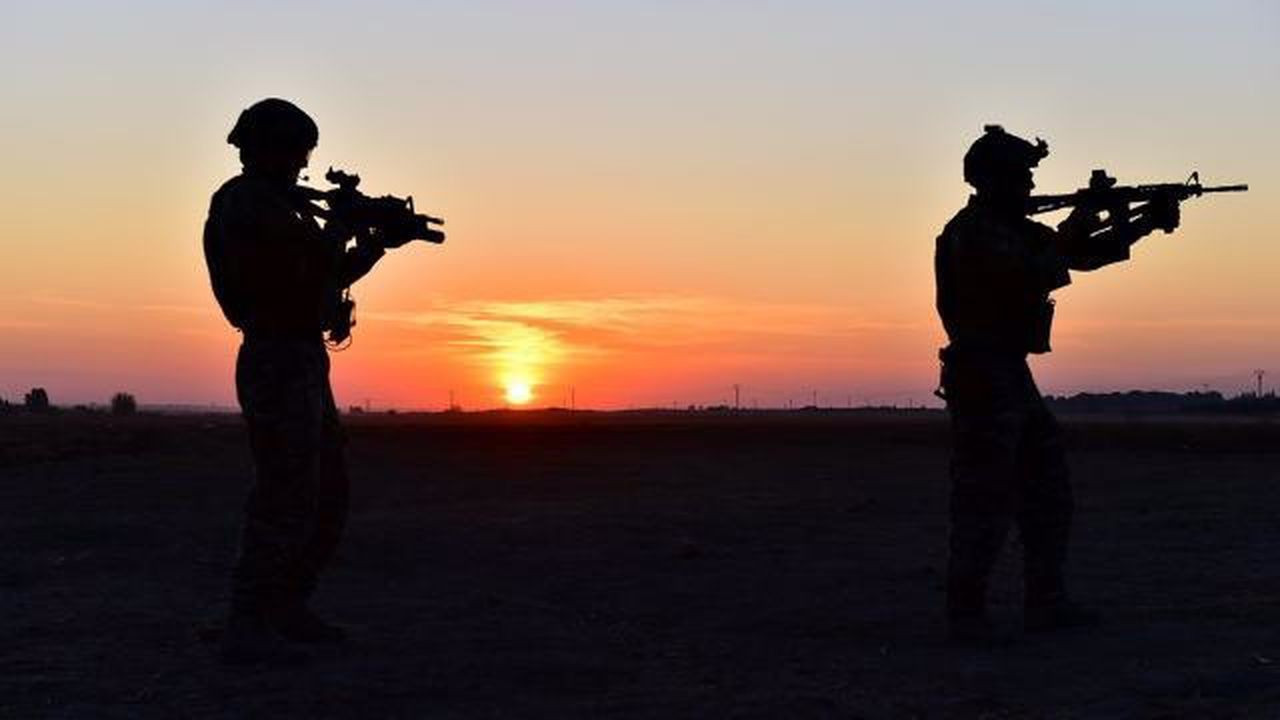 4 PKK'lı terörist ikna yoluyla teslim oldu