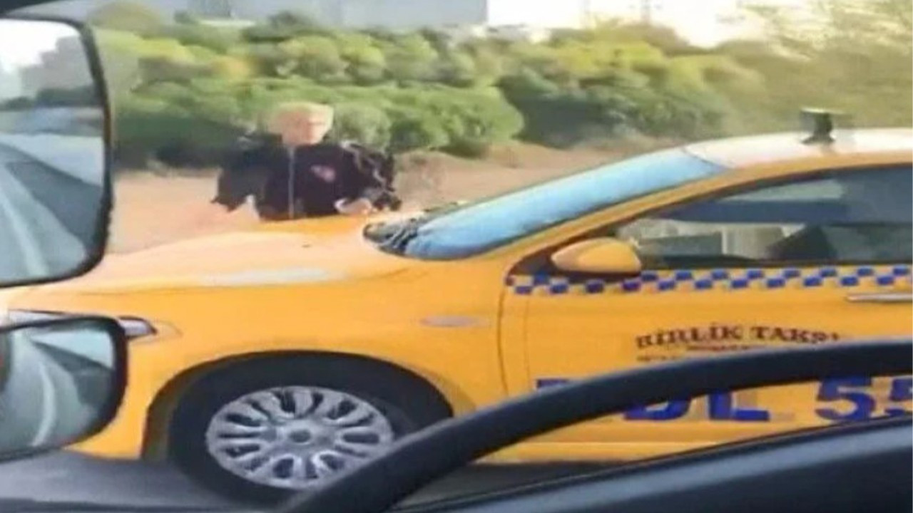 Kaldırımda yayadan yol isteyen taksiciye para cezası