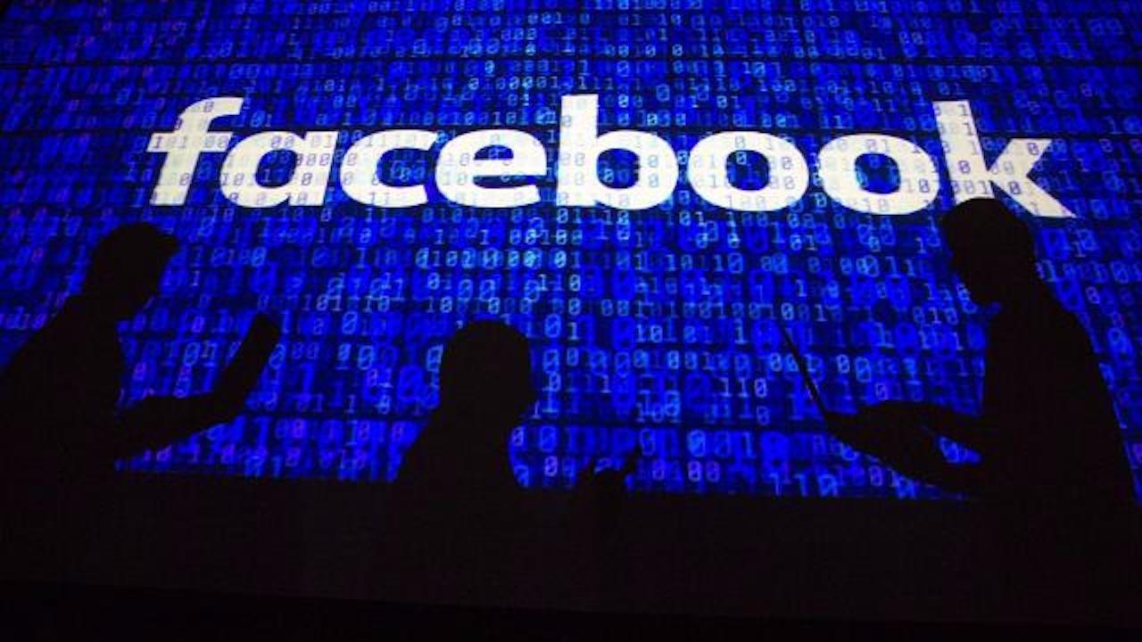 İngiltere'den Facebook'a 50,5 milyon sterlin para cezası