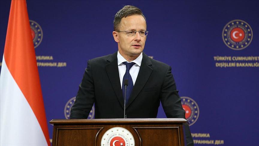 """""""AB'nin menfaati Türkiye ile sıkı bir iş birliği yapmasıdır"""""""