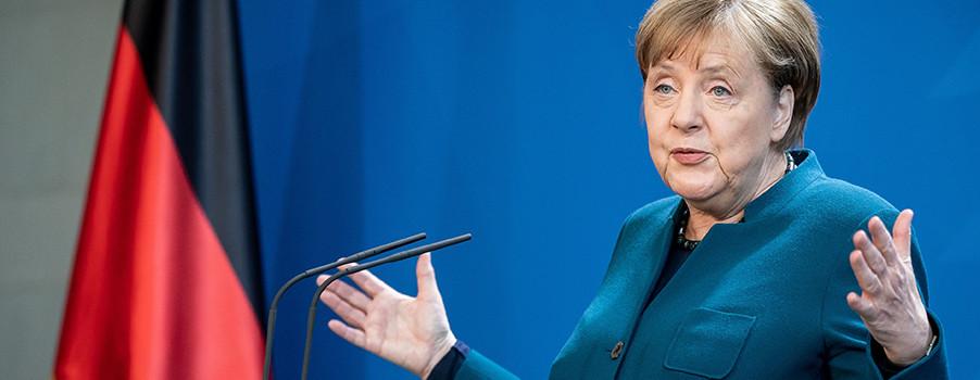 Merkel köşeye sıkıştı!